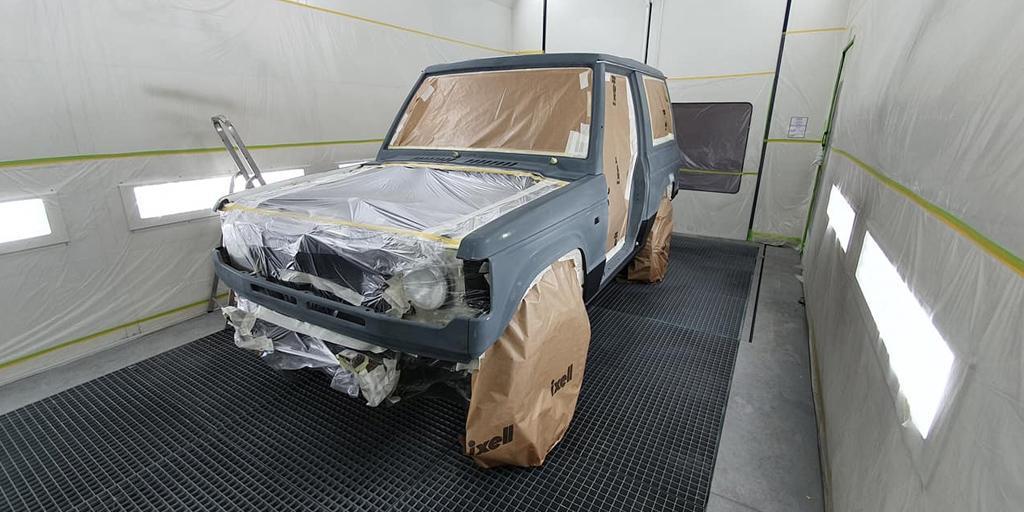Préparation d'un véhicule avant les travaux de peinture